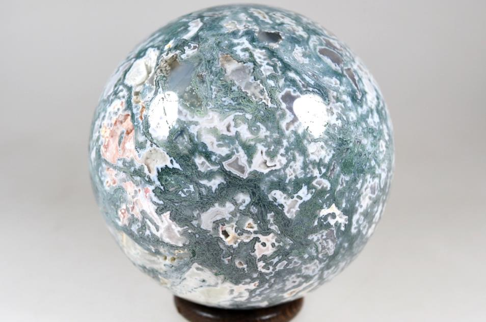 Druzy Moss Agate Sphere 9.8cm | Image 1