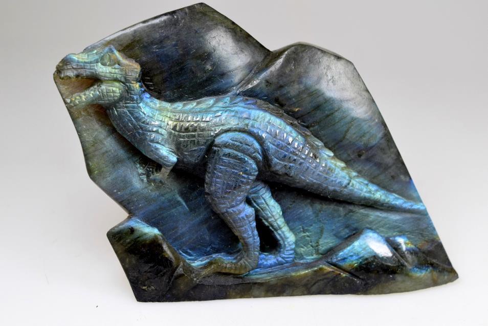 Labradorite carving crystals for sale