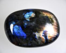 Labradorite Pebble 130grams | Image 2