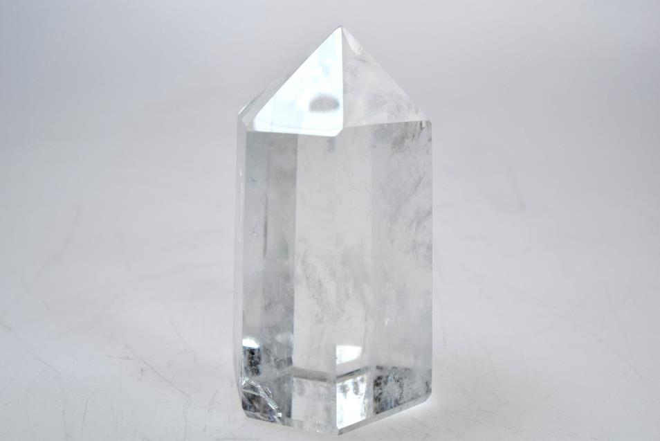 Clear Quartz Point 7.22cm | Image 1